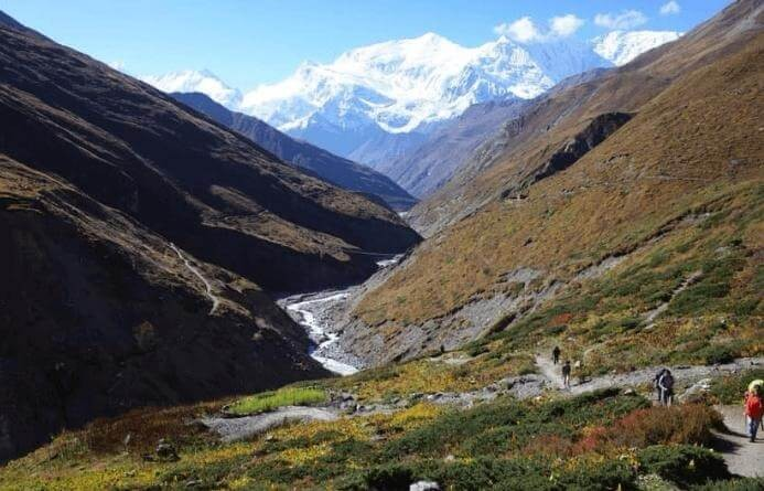 Trek to Annapurna Circuit